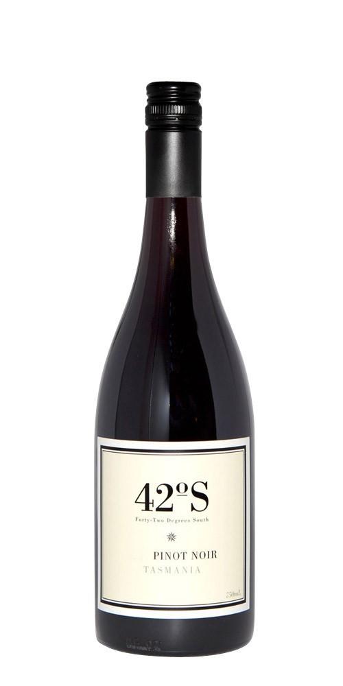 42 Degrees South Pinot Noir 2017